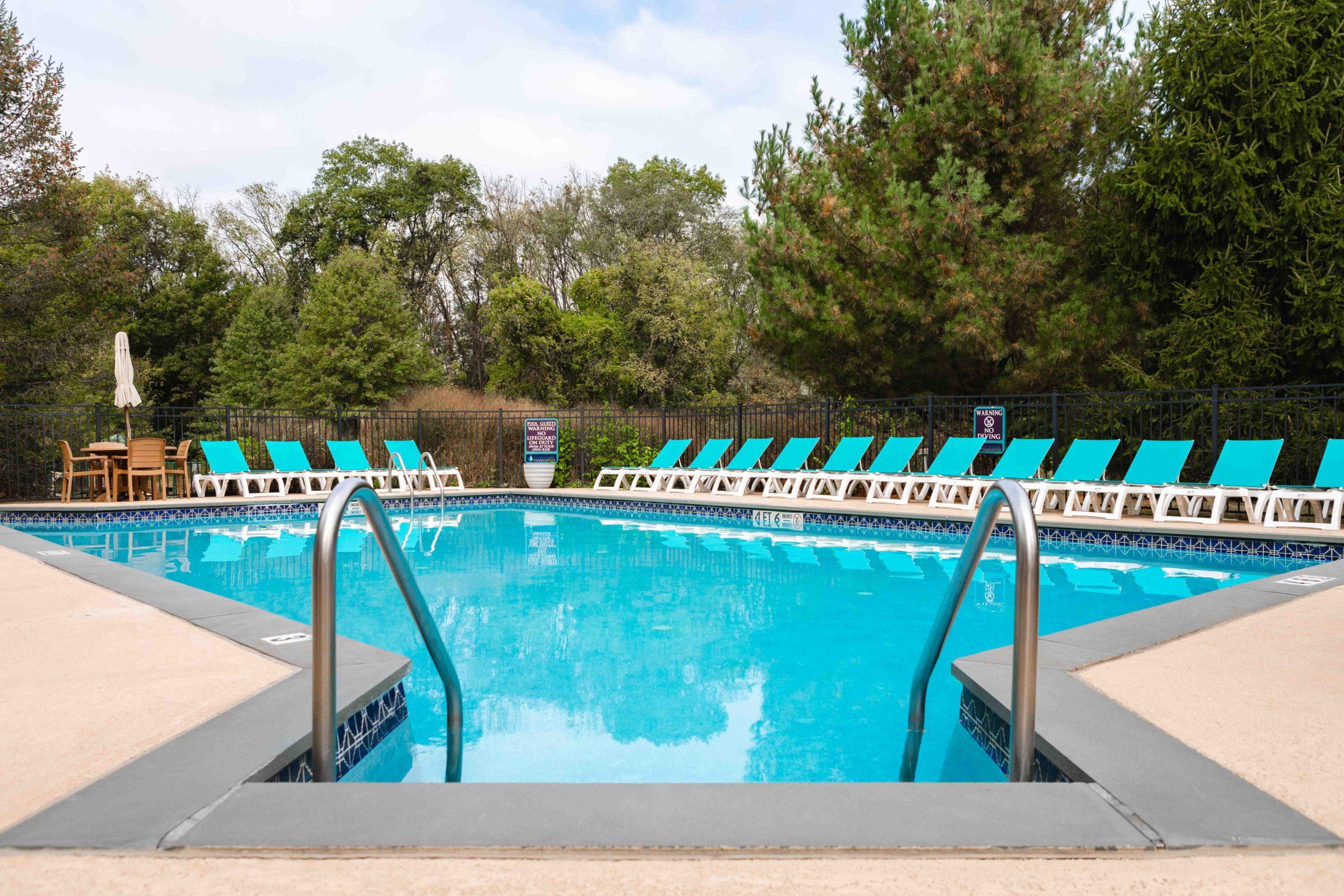 Saucon View - Pool